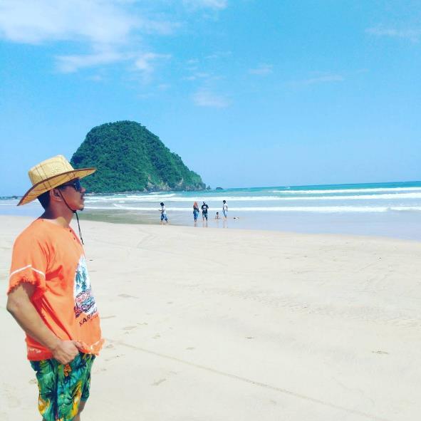 62 Tempat Wisata Banyuwangi Jawa Timur Terupdate Pantai Pulau Merah
