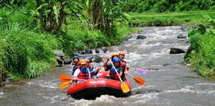 65 Tempat Wisata Banyuwangi Terkenal Menarik Dikunjungi Arum Jeram Sungai