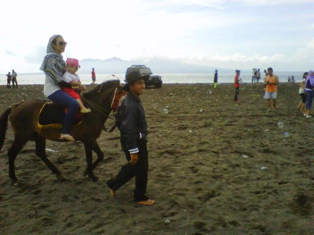 Pantai Boom Banyuwangi Bagus Berkuda Tugu Inkai Kab