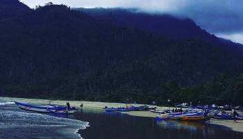 Pantai Boom Banyuwangi Fasilitas Harga Tiket Rute Map Lenggoksono Tugu
