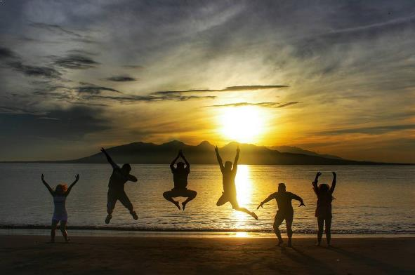 Sejarah Lokasi Fasilitas Pantai Boom Banyuwangi Sunrise Tugu Inkai Kab