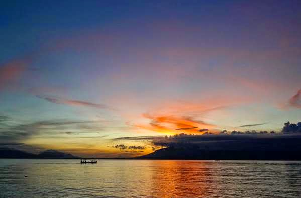 Tourism Wisata Kuliner Pantai Boom Banyuwangi Sunrice Java Tugu Inkai