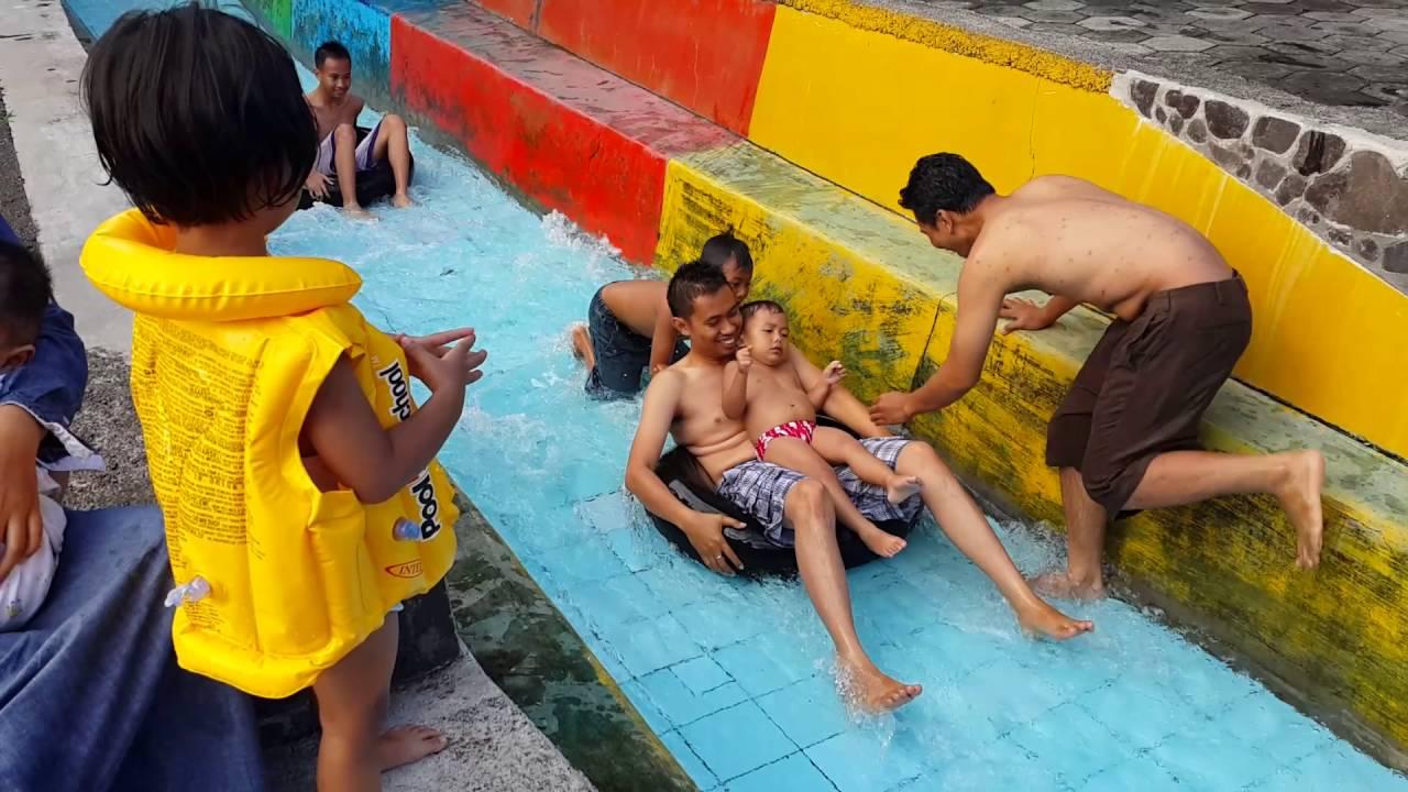 Berenang Umbul Bening Banyuwangi Youtube Water Park Kab