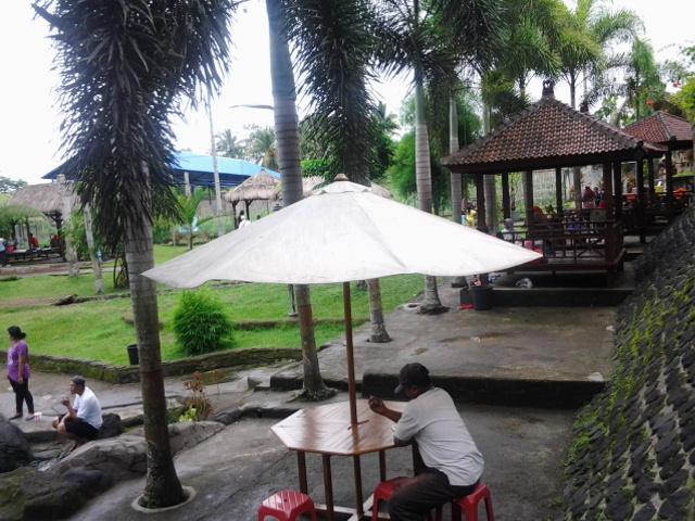 Wisata Kolam Renang Umbul Bening Kecamatan Glenmore Kabupaten Banyuwangi 12