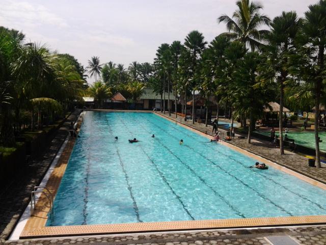 Wisata Kolam Renang Umbul Bening Utama Water Park Kab Banyuwangi