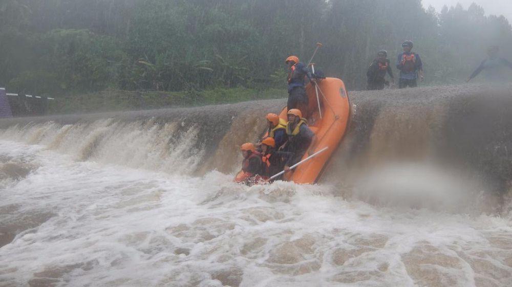 Banyuwangi Merdeka Yuk Nikmati Serunya Arung Jeram Karo Sensasi Wisata