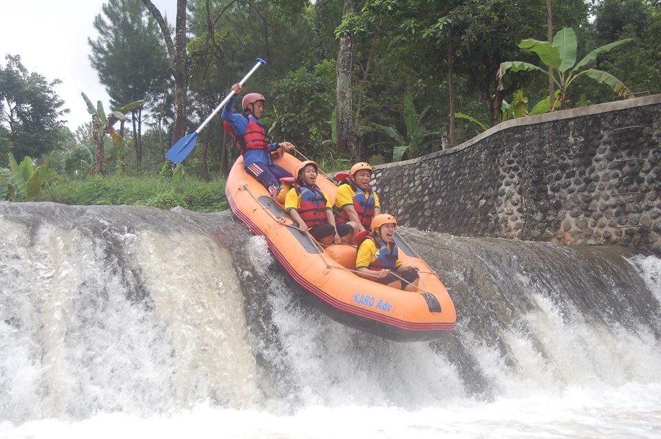 Serunya Festival Arung Jeram Sungai Badeng Songgon Banyuwangi Bagus Rafting