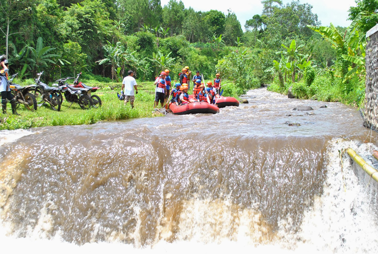 Tempat Wisata Karo Adventure Banyuwangi Yangwajib Ditelusuri Wajib Kab