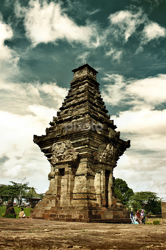 Candi Penataran Blitar East Java Statues Monuments Buildings Faried Sanviroes