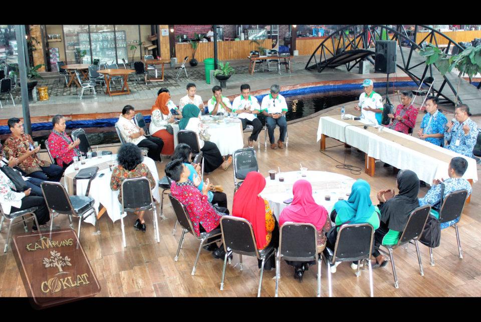 Bappeda Kab Blitar Kampung Coklat Acara Bapeda Kabupaten 2 Cokelat