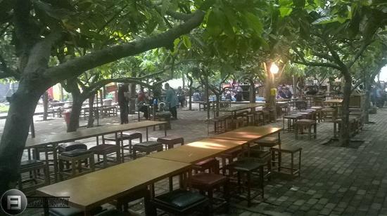 Brown Village Park Relax Enjoying Scenery Kampung Coklat Cokelat Kab