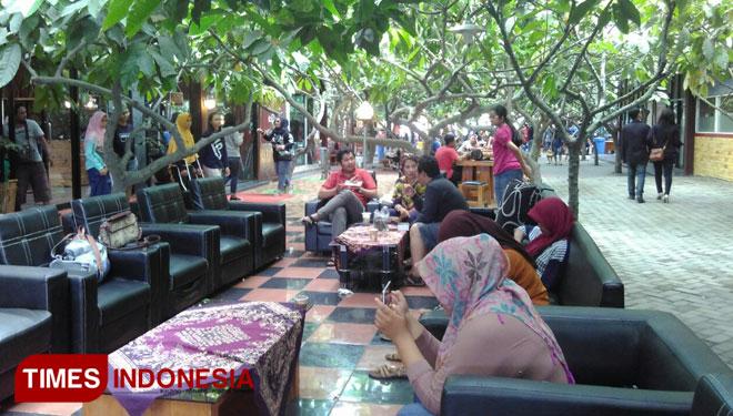 Nikmatnya Berkunjung Kampung Coklat Blitar Times Indonesia Cokelat 30de2p Jpg