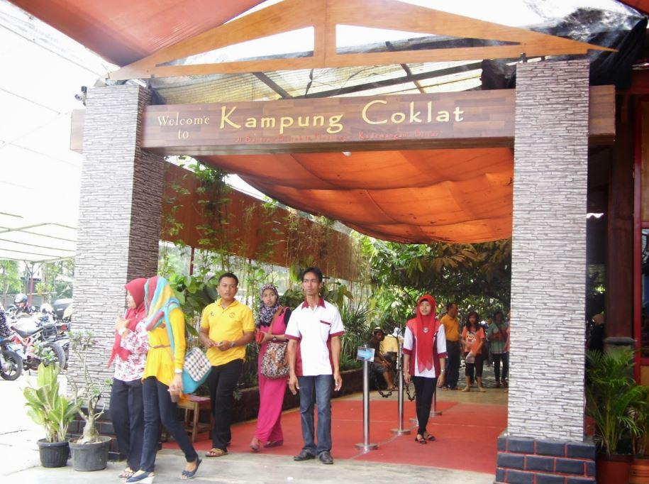 Wisata Edukasi Kampung Coklat Blitar Travel Surabaya Berbasis Menarik Dikunjungi