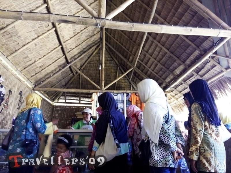 Kampung Melon Blitar Travellers Gerai Kampoeng Desa Wisata Modangan Kab