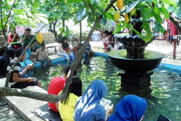 Potret Rupiah Kampung Cokelat Blitar Antara News Jawa Timur Kebun