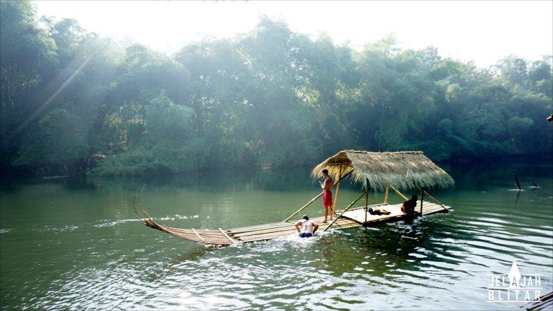 Wisata Konservasi Ikan Tawar Badher Bang Binangun Jelajah Blitar Perahu
