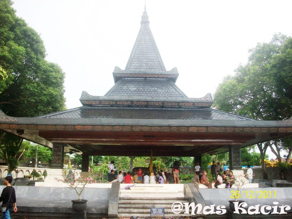 Makam Bung Karno Maskacir Blog Bangunan Utama Cungkup Kab Blitar