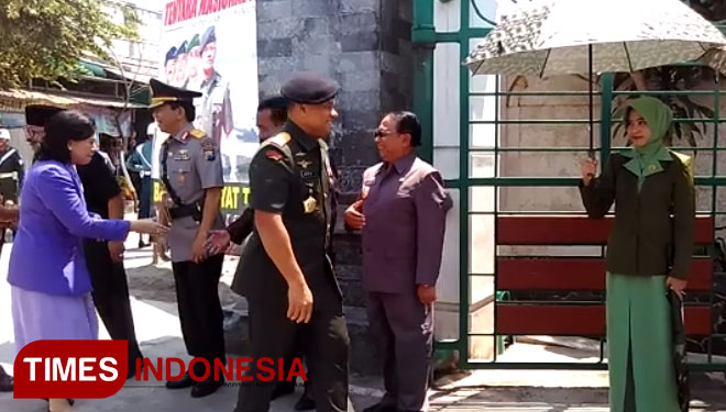 Panglima Tni Ziarah Makam Bung Karno Gus Dur Times Malang