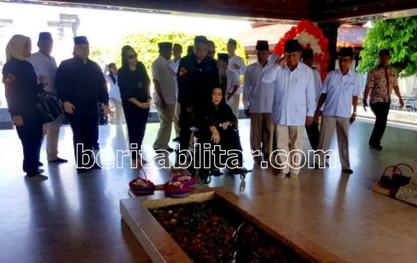 Prabowo Rachmawati Soekarno Putri Ziarah Makam Bung Karno Sebelum Menuju