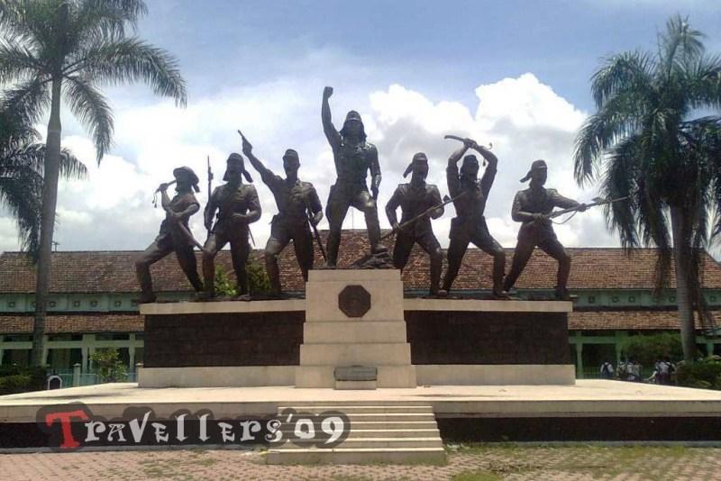 150 Tempat Wisata Blitar Travellers Monumen Peta Kab