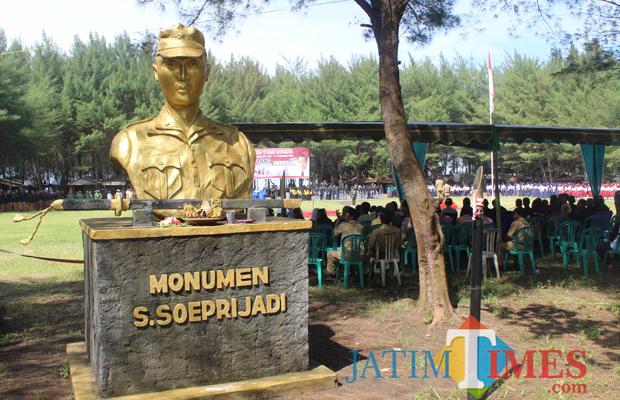 Menelusuri Jejak Pahlawan Peta Shodanco Soeprijadi Pantai Serang Monumen Soepriyadi