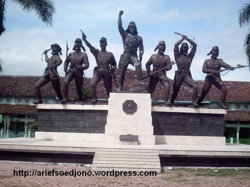 Monumen Pemberontakan Peta Blitar Aripjon Blog Hari Kab