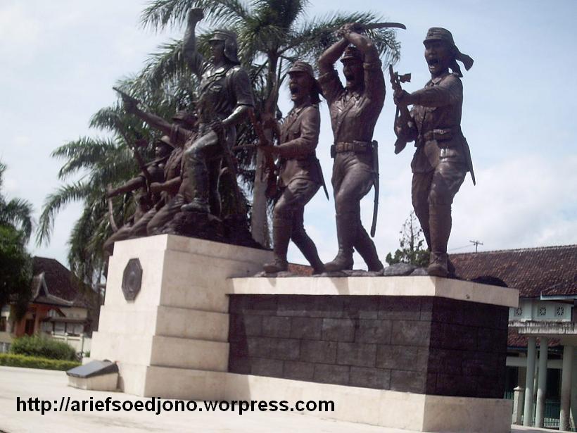 Monumen Pemberontakan Peta Blitar Aripjon Blog Pejuang Kab