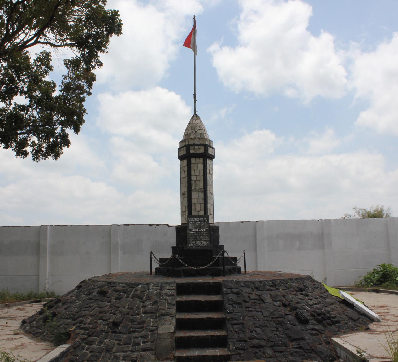 Monumen Potlot Blitar Oleh Santoso Kompasiana Peta Kab