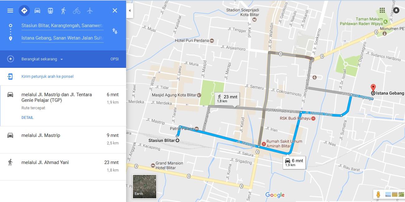 Rute Transportasi Menuju Istana Gebang Makam Bung Karno Didepan Monumen