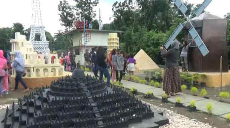 Lokasi Harga Tiket Masuk Wisata Negeri Dongeng Blitar Ngetripyuk Kab