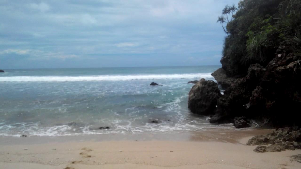 Indahnya Pantai Pasir Putih Kab Blitar Youtube Pasur