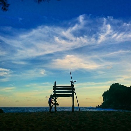 Pantai Pasir Putih Tenang Ulasan Pangi Blitar Pasur Kab