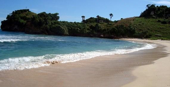 Pantai Serang Blitar Keindahan Aktivitas Mitos Lokasi Pasur Kab