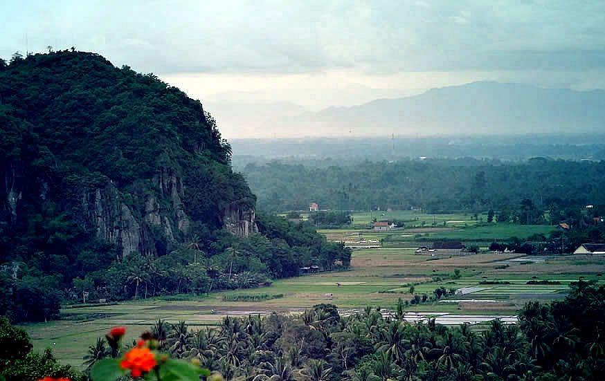 Gunung Pegat Srengat Discover Blitar Pinterest Taman Kebon Rojo Kab