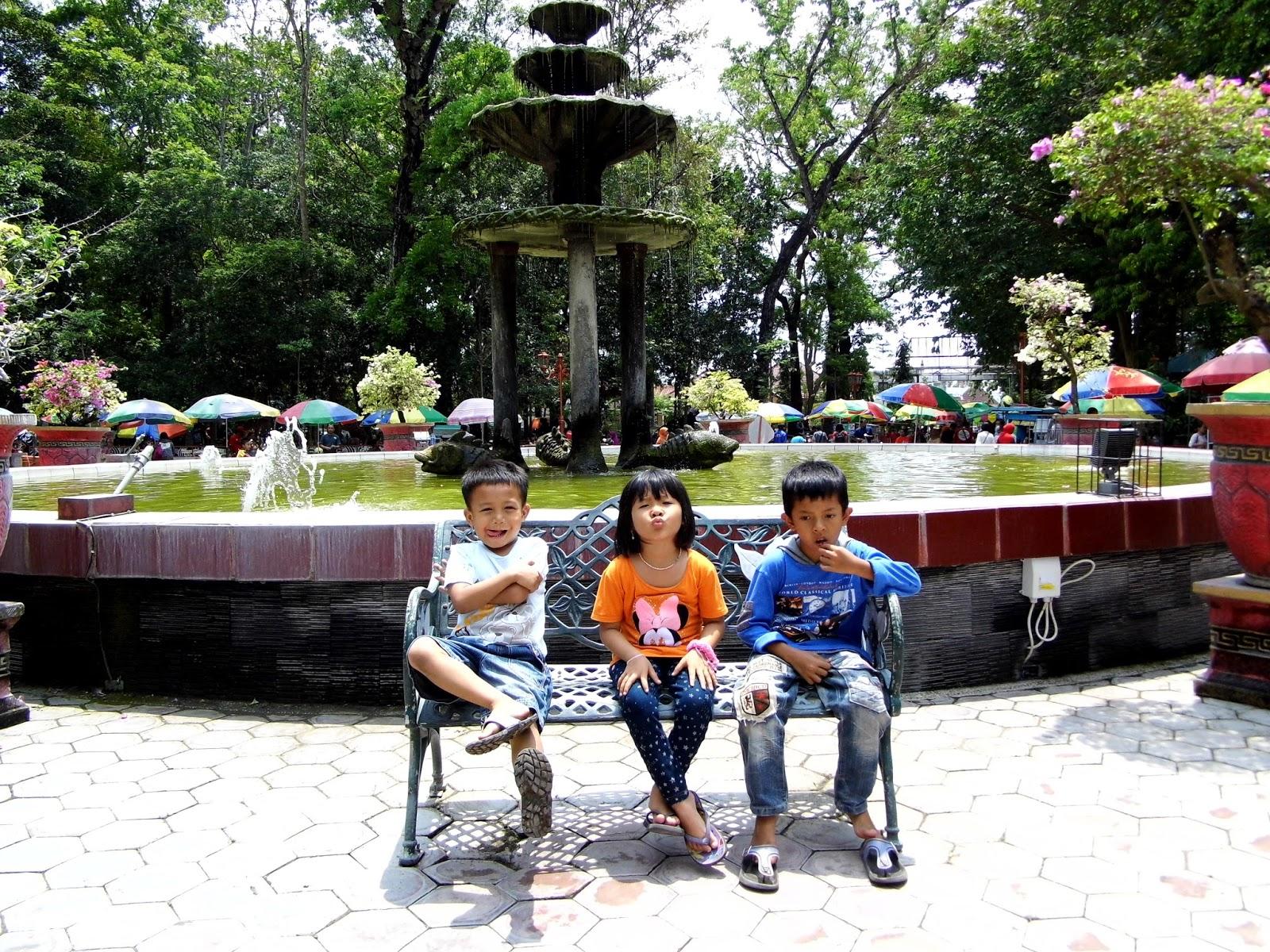 Keindahan Wisata Taman Kebon Rojo Jombang Hasil Gambar Kab Blitar