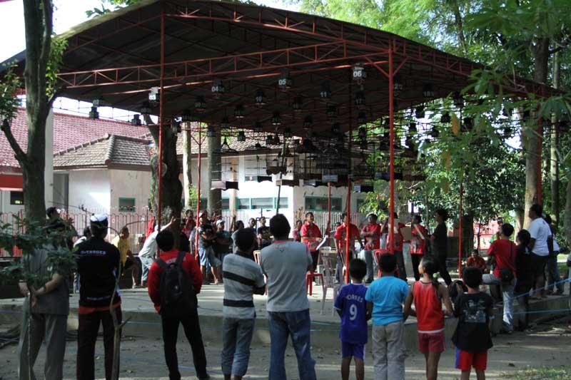 Pusat Dokumentasi Kegiatan Pemerintah Kota Blitar Lomba Burung Taman Kebon