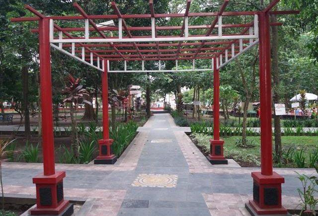 Traveling Archives Page 2 5 Ransel Peri Taman Kebon Rojo