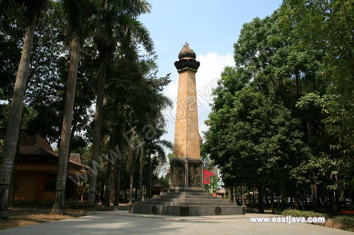 Wisata Jatim Tempat Blitar Populer Kebon Rojo Taman Kab