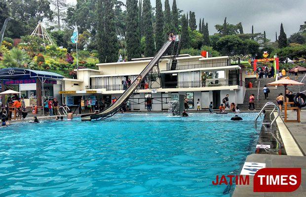 Kolam Renang Jadi Landmark Taman Selecta Blitar Times Wisata Menjadi