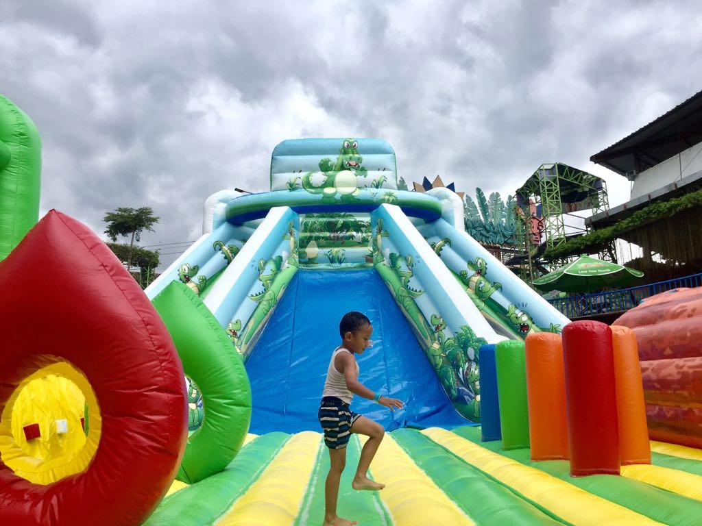 Yuk Main Sepuasnya Wahana Raksasa Bounce Castle Predator Fun Kolam