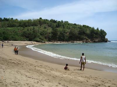 10 Gambar Pantai Pangi Blitar Jawa Timur Tiket Masuk Rute