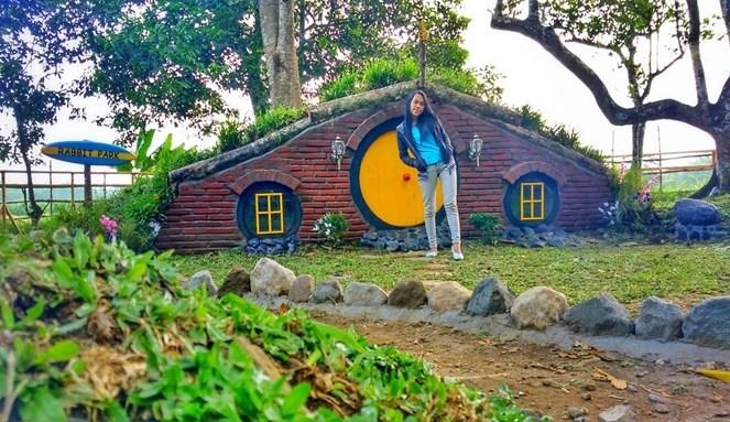 Rumah Hobbit Rabbit Park Jadi Wisata Hits Ngabuburit Blitar Traveling