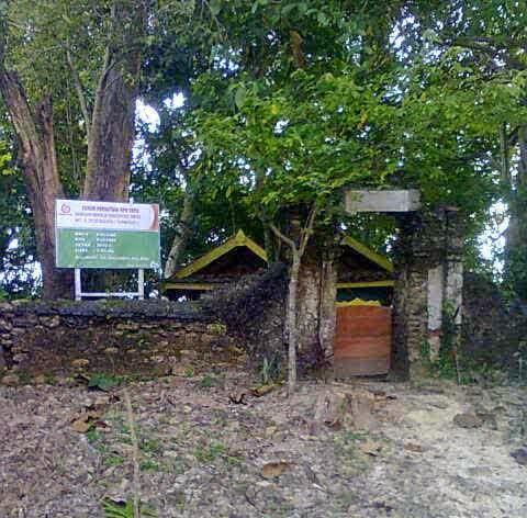 Wisata Religi Blora 8 Makam Keramat Foto Ipm Bukit Janjang