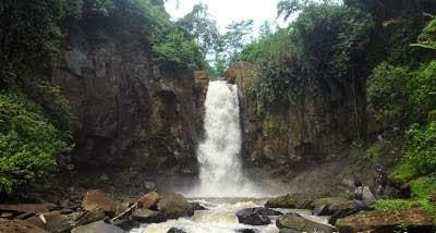 Tempat Wisata Batang Blora Jawa Tengah Curug Gombong Kabupaten Monumen