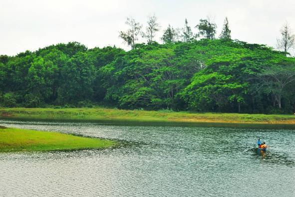 17 Tempat Wisata Blora Jawa Tengah Terbaik Waduk Greneng Taman
