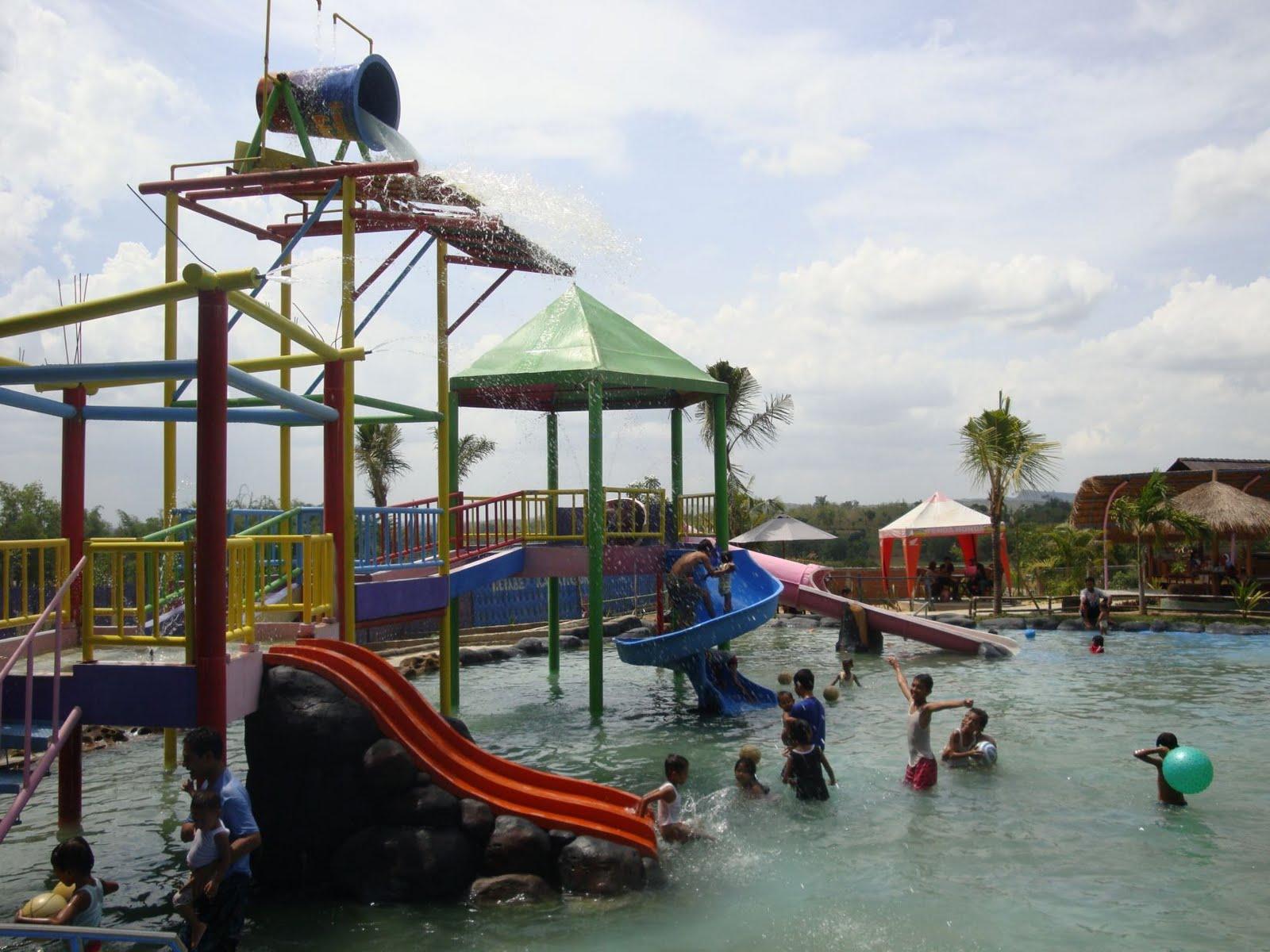 Wisata Blora Kampung Bluron Keluarga Taman Sarbini Water Splash Kab