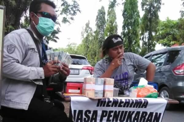 Jelang Lebaran Jasa Penukaran Uang Laris Manis Bloranews Kita Jumpai