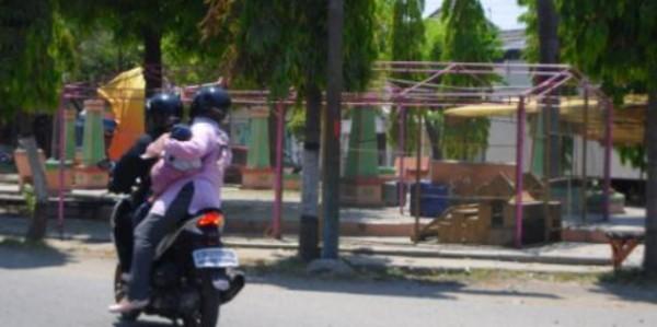 Keluhkan Tenda Pkl Taman Seribu Lampu Media Informasi Kab Blora