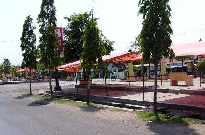 Pkl Taman Seribu Lampu Cepu Diminta Kemasi Lapak Usai Jualan