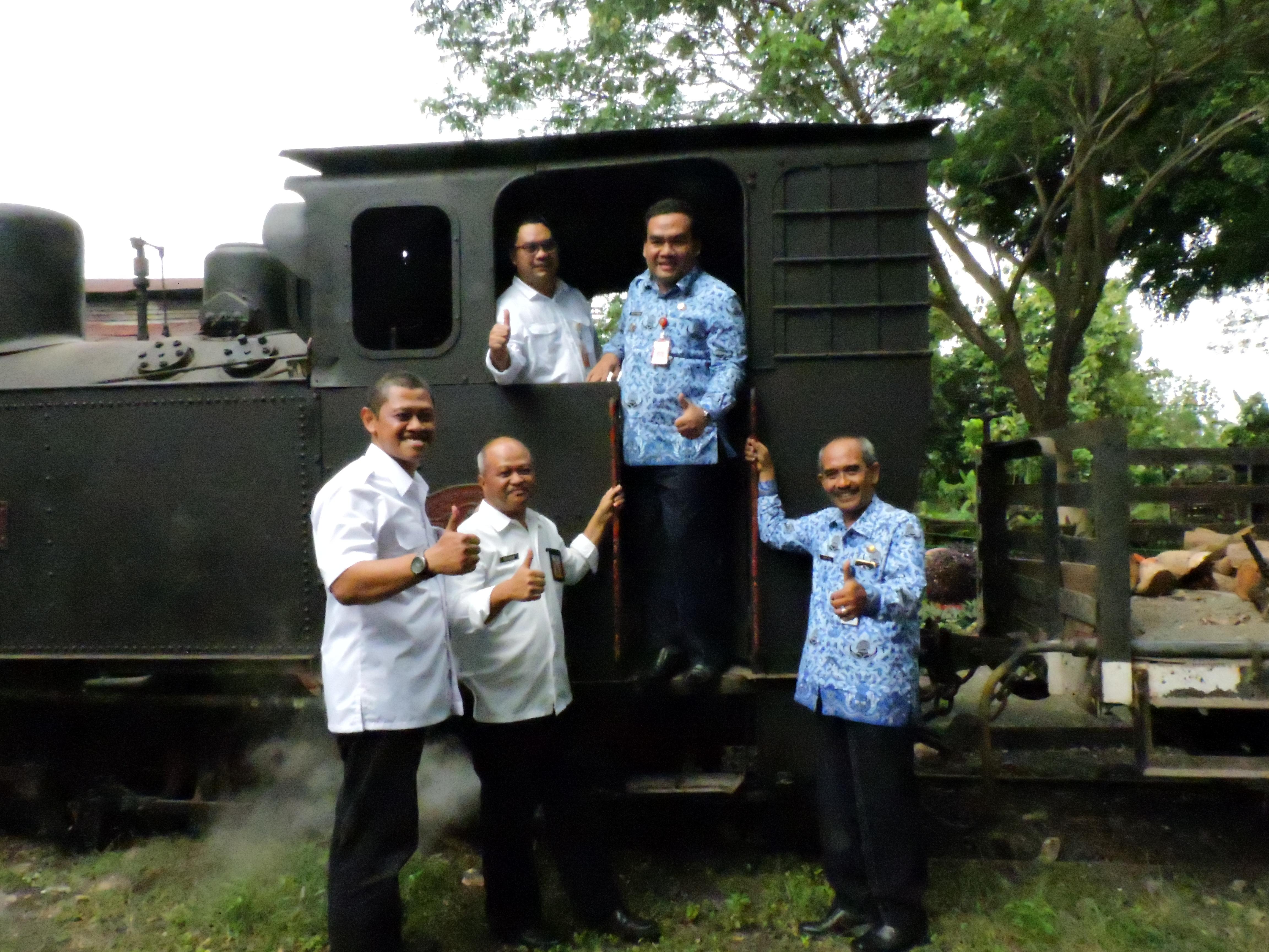 Heritage Loco Tour Perhutani Kph Cepu Kabar Daun Jati Blora